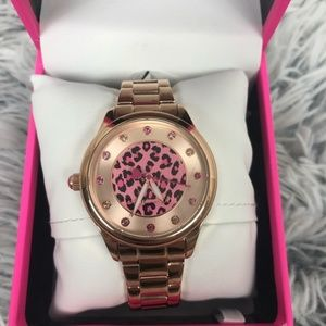 BETSEY JOHNSON Rose gold cheetah watch NWT